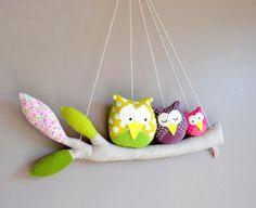 Adorable mobile pour chambre d'enfant sur-mesure...♥ branche, hiboux, tissu, couture