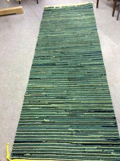 Vantaan Kutojat ry Textiles, Rag Rugs, Recycled Fabric, Woven Rug, Scandinavian Style, Color Inspiration, Pattern Design, Outdoor Blanket, Weaving