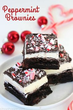 These Peppermint Brownies are filled with a great peppermint buttercream frosting, a layer of chocolate frosting, and then topped with peppermint crunch sprinkles. Perfect for a Christmas dessert. Since they start with a boxed mix, they can be made quickly. Peppermint Brownies Christmas is just around the corner. After Thanksgiving, our family starts enjoying all...Read More