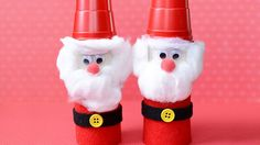 Neste passo a passo vamos aprender como fazer Papai Noel com Rolo de Papel Higiênico. Esses adoráveis Papais Noéis são bem fáceis de fazer, confira!