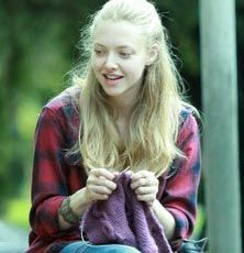 Amanda Seyfried  Like many knitters, Amanda Seyfried considers knitting her therapy. She finds time to knit when she's on set.