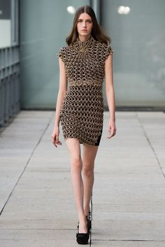 Iris van Herpen Spring 2015 Ready-to-Wear Fashion Show - Josephine van Delden (Women)