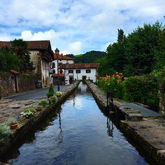 #navarra #nafarroa #urdax #urdazubi #lovelystreets @loves_navarra #ibaia #baztan #salimoshoy #escapada #trip #loves_navarra (Foto nurianm en #Instagram)