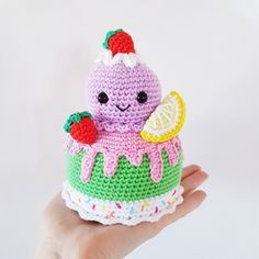 Mesmerizing Crochet an Amigurumi Rabbit Ideas. Lovely Crochet an Amigurumi Rabbit Ideas. Crochet Amigurumi, Crochet Food, Amigurumi Doll, Amigurumi Patterns, Crochet Patterns, Crochet Cake, Kawaii Crochet, Kawaii Diy, Crochet Birds
