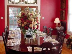..another beautiful dining room.