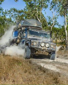 Land Rover Defender 110 Td4 Extreme Adventure. Spectacular.