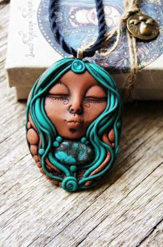 Hey, ho trovato questa fantastica inserzione di Etsy su https://www.etsy.com/it/listing/209924942/natural-turquoise-goddess-necklace