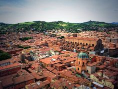 Twitter / @Kirsten Alana: Made it! dante & I climbed the highest tower in Bologna! #Blogville