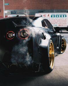 Nissan Skyline, Skyline R34, Bugatti, Lamborghini, Ferrari Laferrari, Nissan Gt R, Tuner Cars, Jdm Cars, Rolls Royce