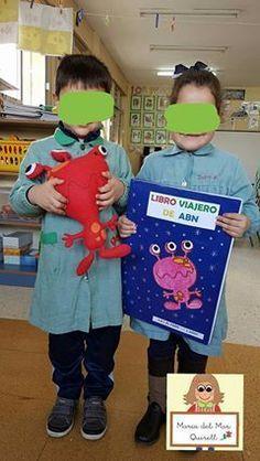 """Hoy os quiero presentar, """"El libro Viajero de ABN """", que nos va a permitir trabajar la resolución de problemas con los niños/as de 5 años ..."""