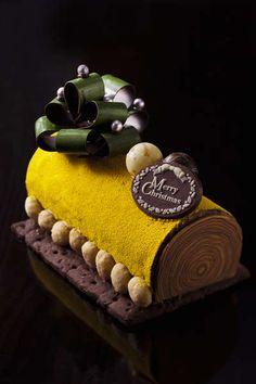 rolled crepe cake / buche de noel