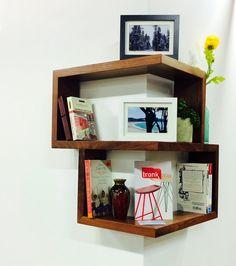Librerie e Mensole : Mensola angolare in legno massello