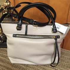 😍 HOT PRICE 😍 Kate Spade Bag NWT authentic genuine leather bag with detachable long adjustable shoulder strap. Zipper pocket and 2 slip pockets inside. Price firm with price drop. kate spade Bags Crossbody Bags