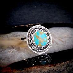 Gold Matrix Kingman Turquoise Textured Shield Ring   Size 9 Kingman Turquoise, Texture, Rings, Silver, Gold, Black, Jewelry, Surface Finish, Jewlery