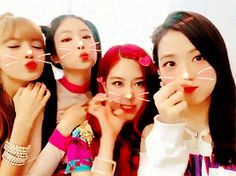 #Blackpink Kpop Girl Groups, Korean Girl Groups, Kpop Girls, Korean Entertainment Companies, Yg Entertainment, Music Production Companies, Wattpad, Black Pink Kpop, Jennie Lisa