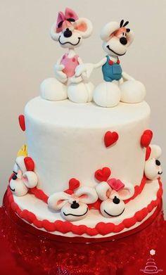 Wir Lieben Eure Kunterbunten Kuchenkreationen Mit Der Kleinen Diddl Maus Diese Weisse Torte Sieht Nicht