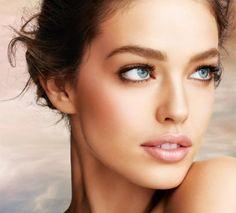 Si tu #cara es #redonda, disimula tus mejillas con un #Blush en tonos marrones.