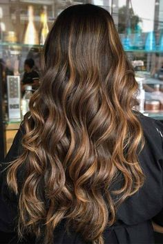 Ombre Hair Color Ideas For Blonde Brown Black Balayage Hair - TopBestLife - Part 25 Chocolate Brown Hair With Highlights, Brunette Hair With Highlights, Brown Eyes Blonde Hair, Brown Ombre Hair, Light Brown Hair, Ombre Hair Color, Dark Hair, Chocolate Hair, Black Ombre