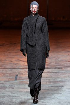 Rick Owens Fall 2012 Ready-to-Wear Collection Photos - Vogue