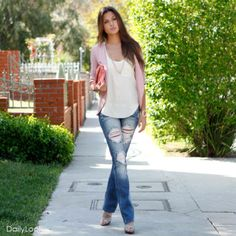 I really like this look!! It feels casual,yet sophisticated.