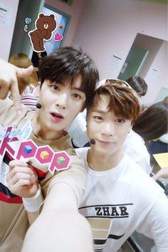 [28.07.16] Astro on twitter - EunWoo e MoonBin