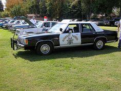 California Highway Patrol 1991 Ford Crown Victoria by lapd5150policemotor*, via Flickr