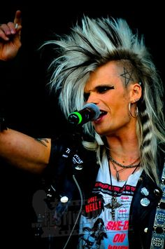 Norway_Rock_Festival_2010_100709_Crashdiet_6258.jpg 398×600 pixels