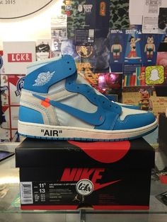 detailed look 5aac8 908c8 Air Jordan 1 X OFF-WHITE NRG AQO818 148 Size 11.5 (eBay Link)
