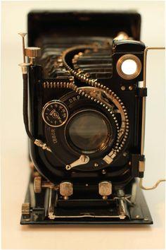 Junkculture: Artist (Hu Shaoming) Unzips the Inner Workings of Vintage Gadgets