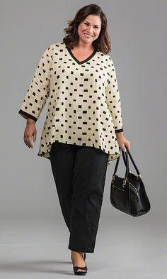 Buchanan Tunika / MiB Plus Size Mode für Damen / Frühlingsmode / Plus Size . Cute Fashion, Trendy Fashion, Womens Fashion, Spring Fashion, Looks Plus Size, Plus Size Tops, Plus Size Fashion For Women, Plus Size Women, Plus Size Dresses