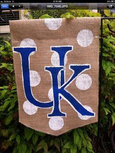 Burlap Garden Flag University of Kentucky Logo polka dots wildcats