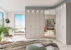 Bedroom Wardrobe Design Ideas That Inspire On 2019 28 Fitted Bedroom Furniture, Fitted Bedrooms, Bedroom Wardrobes Built In, Mirrored Wardrobe Doors, Design Your Bedroom, Wardrobe Design Bedroom, Corner Wardrobe, Single Wardrobe, Family Room Walls
