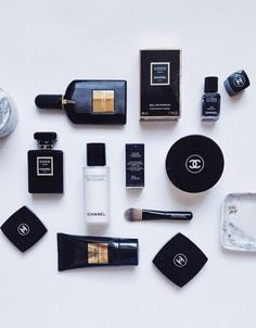 Well, I'm back with my October Favorites and it's a bit of everything – Skincare, Make-up & Hair and not to mention a couple of promo codes for all of your Beauty Make-up, Luxury Beauty, Beauty Secrets, Expensive Makeup, Minimalist Makeup, Fashion Gone Rouge, Luxury Cosmetics, Perfume, Flat Lay Photography