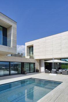 Modern Villa in Děčín, Czech Republic - UltraLinx