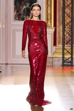 The perfect shade of red. Zuhair Murad 2012/2013.  (color pantone samba 2013)