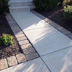 Add to pathway to backyard 75 Cheap and Easy Front Yard Curb Appeal Ideas - Prudent Penny Pincher Front Yard Landscaping, Backyard Patio, Landscaping Ideas, Outdoor Landscaping, Pergola Ideas, Walkway Ideas, Diy Patio, Front Yard Walkway, Acreage Landscaping