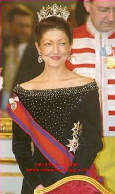 Romania: Order of the Star of Romania  As worn by Alexandra, Countess of Frederiksborg