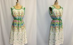 Plus Size XXL Vintage Dress Floral EXPLOSION by SIZEisJUSTaNUMBER, $84.00
