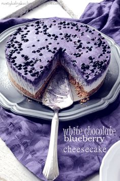 rustic kitchen - cooking at home: Blueberry cheesecake