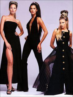 Stephanie Seymour, Christy Turlington & Yasmeen Ghauri for Atelier Versace, F/W Atelier Versace, Gianni Versace, Versace Versace, Versace Fashion, 90s Fashion, Fashion Photo, Fashion Models, High Fashion, Vintage Fashion