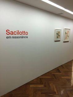 """AMANHÃ """"Sacilotto - em ressonância""""!  Tudo pronto para a abertura da exposição de Luiz Sacilotto que acontece amanhã aqui no Instituto De Arte Contemporânea! Fala do curador Jacopo Crivelli às 18h30.  Rua Dr. Álvaro Alvim, 90 - 1º andar do Centro Universitário Belas Artes de São Paulo"""