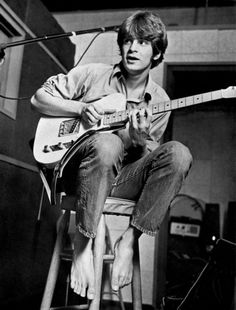 Beginning his music career as a teenager in Memphis, Alex Chilton was best known as a guitarist, songwriter and singer of the Memphis-based pop bands the Box Tops and Big Star.