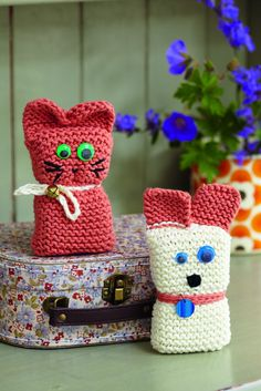 Cat And Dog Toy Knitting Patterns - The Knitting Network Knitting Club, Knitting For Kids, Knitting For Beginners, Loom Knitting, Baby Knitting, Knitting Toys Easy, Knitted Dolls, Crochet Toys, Knit Crochet