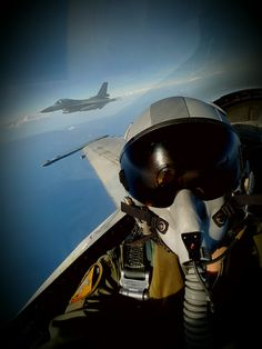 F-16 fighting formation!