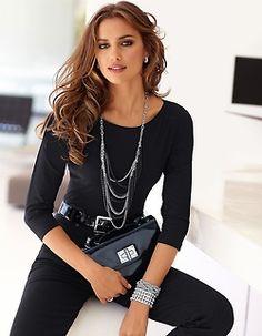 Irina Sheik Business Outfit