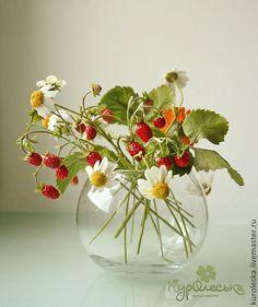Купить Интерьерная композиция из полимерной глины. Земляника и ромашки - красный, алый, оранжевый, земляника, ромашка