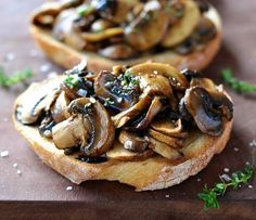 Thyme Mushroom Bruschetta Balsamic Thyme Mushroom Bruschetta - quick recipe is perfect for breakfast, lunch or snack.Balsamic Thyme Mushroom Bruschetta - quick recipe is perfect for breakfast, lunch or snack. Recipetin Eats, Cuisine Diverse, Snacks Für Party, Kid Snacks, Lunch Snacks, Healthy Snacks, Appetisers, Mushroom Recipes, Appetizer Recipes