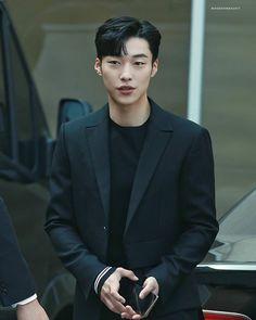 Handsome Korean Actors, Handsome Boys, Asian Boys, Asian Men, Watch Korean Drama, Kdrama Actors, Drama Korea, Kpop, Korean Celebrities