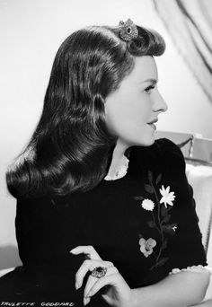 Paulette Goddard glamour