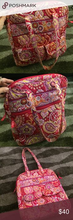 "Vera Breadley bag Nice bag,13.5""X 15"" Vera Bradley Bags Shoulder Bags"